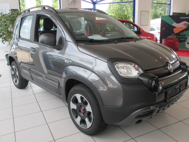 der neue fiat panda city cross ist da autohaus schwegler e k. Black Bedroom Furniture Sets. Home Design Ideas